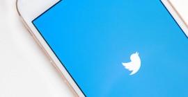 В Твиттер появится раздел Историй? Компания купила разработчика сториз Chroma Labs